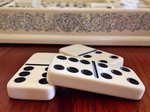 Beberapa Kesalahan Yang Terjadi Dalam Permainan Judi Domino Online